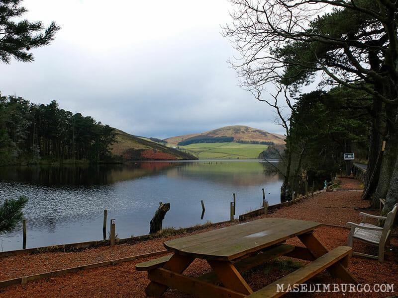 Ruta Pentlands Edimburgo Senderismo Glencorse Reservoir